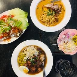 เจียงฮาย Noodles & More