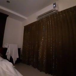 โรงแรมสยามธาราพาเลส