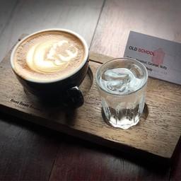 บรรยากาศ Red Diamond Cafe เลียบทางด่วนรามอินทรา