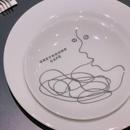บรรยากาศ Greyhound café เซ็นทรัล ชิดลม