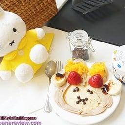 Miffy's Voyage Café