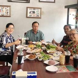 บรรยากาศ ขนมจีนประโดกครูยอด พิมพ์เกาะ ต้นตำรับขนมจีนครูยอด