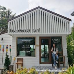 หน้าร้าน RiverBreeze Cafe