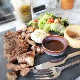 Butcher Haus Cafe & Bar