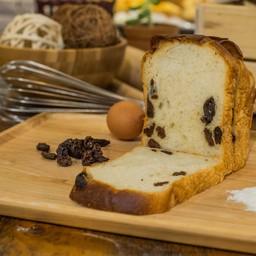 Raisins Rum Bread