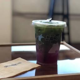 รสชาติชาเขียว ผสม อะไร สักอย่างเปรี่ยวๆ อร่อยดีแปลกๆ