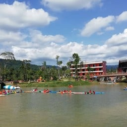 O2 Zone Resort