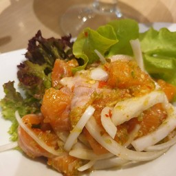 Salmon Spicy Salad