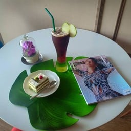 Once Green Cafe