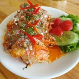 บ่อตกกุ้ง Monkeysit & Restaurant Lopburi