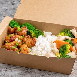 General Tao's Chicken & Chicken Broccoli