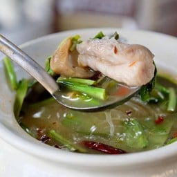 เนื้อปลาเยอะดี ต้มยำทำรสชาติดี แนะนำเมนูนี้เลย