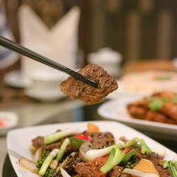 เป็ดผัดพริกไทยดำ
