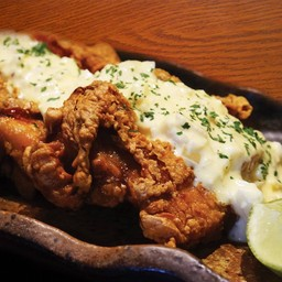 ไก่ทอดราดซอส