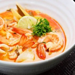 Eat at Silom by Silom City Hotel (โรงแรมสีลม ซิตี้) บางรัก