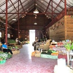 The Birder's Lodge Farmer Market