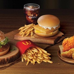 McDonald's พีทีที บางพูน ฝั่งขาออก (ไดร์ฟทรู)