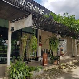 Jasmine & Rose Bakeshop