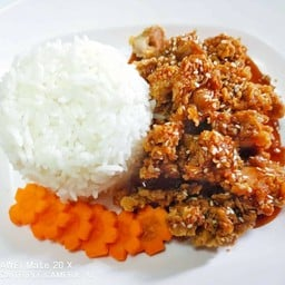 ข้าวไก่กรอบซอสเกาหลี