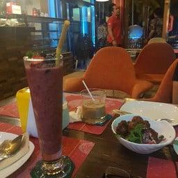 Cafe del mar บางแสน