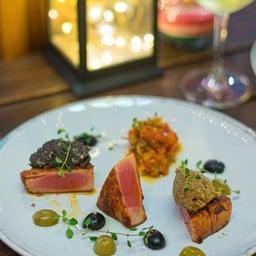 Wine & Food Terrace