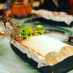 กุ้งมังกรซาชิมิ