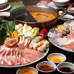 MK Restaurants ทียูโดม พลาซ่า