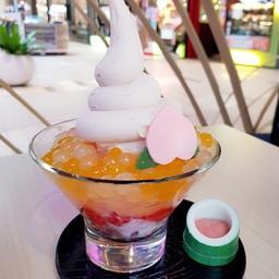 Momo Berry Kakigori