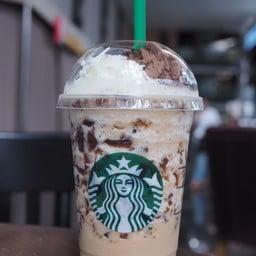 Starbucks สาทรสแควร์
