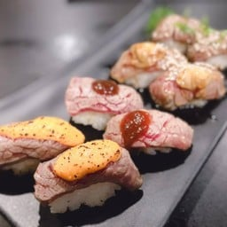 Tsunami Sushi Buffet พระยาสัจจา