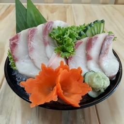 นากะ ร้านอาหารญี่ปุ่น