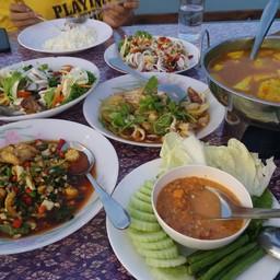 อาหารทะเลทุกชนิดยอมรับว่าสดมากๆๆรสชาติอาหารดีทุกอย่างไม่ผิดหวังค่ะ