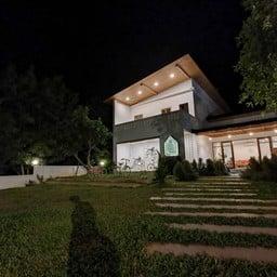 บ้านรักอรุณ (rak Arun House)
