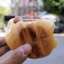 ขนมปังปิ้งสังขยาชาไทย