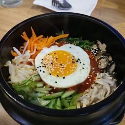 ข้าวยำเกาหลีบิบิมบับ