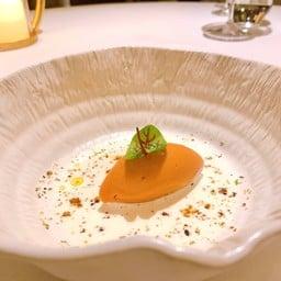 CLARA Restaurant
