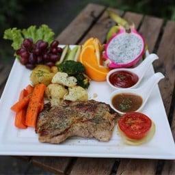 Prem steak in the garden