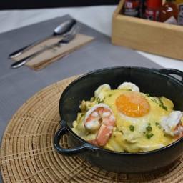Volcanic Omelette Rice Shrimp