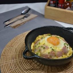 Volcanic Omelette Rice Ham