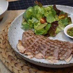 Baan Phra Kanong Steak