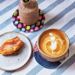 Potta Cafe & Space