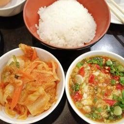 กิมจินี่ตัองกินคู่กับข้าวญี่ปุ่นเลยครับ เข้ากันดีมาก