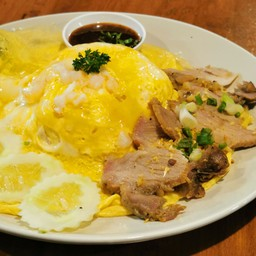ข้าวไข่ข้นกุ้งอ่าวไทย + หมูย่างจิ้มแจ่ว