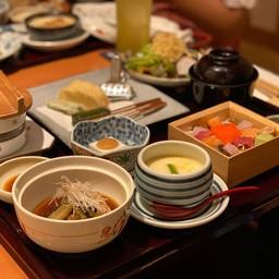 Umenohana Lunch Course (Tofu & Sushi Course)