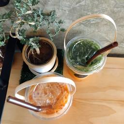 IPUMP IPOND Thai tea Cafe' ตลาดร่มหุบ