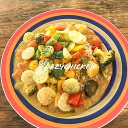 Curry rice อันนี้เราสั่งแบบเพิ่มผักเจ้า