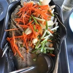 ปลาแรดนึ่งมะนาว