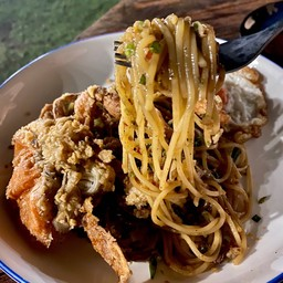 Soft shell crab with salt and chilli spaghetti
