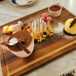 Azure Bar & Restaurant @InterContinental Huahin