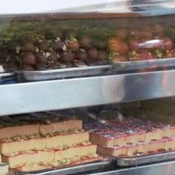 Punjab Sweets Phahurat